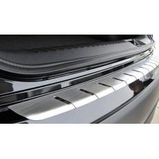 Накладка на бампер с загибом для BMW X1 2009-2013