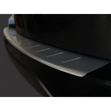 Накладка на бампер с загибом для Mercedes C Class S204 Combi 2007+