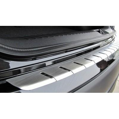 Накладка на бампер с загибом для Ford Focus III 5D 2011+